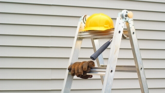 Ladder Safety (CCOHS) Online Training Course